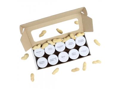 Probierpaket mit Erdnussbutter in 10 verschiedenen Geschmacksrichtungen in Mini-Gläsern